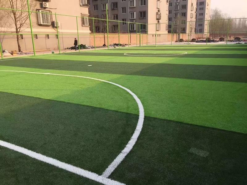 桂林滨江小区 人造草坪