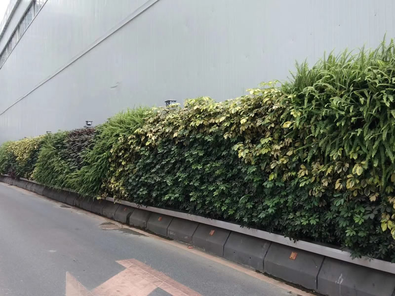 广州奥园地铁站 生态围挡绿化工程